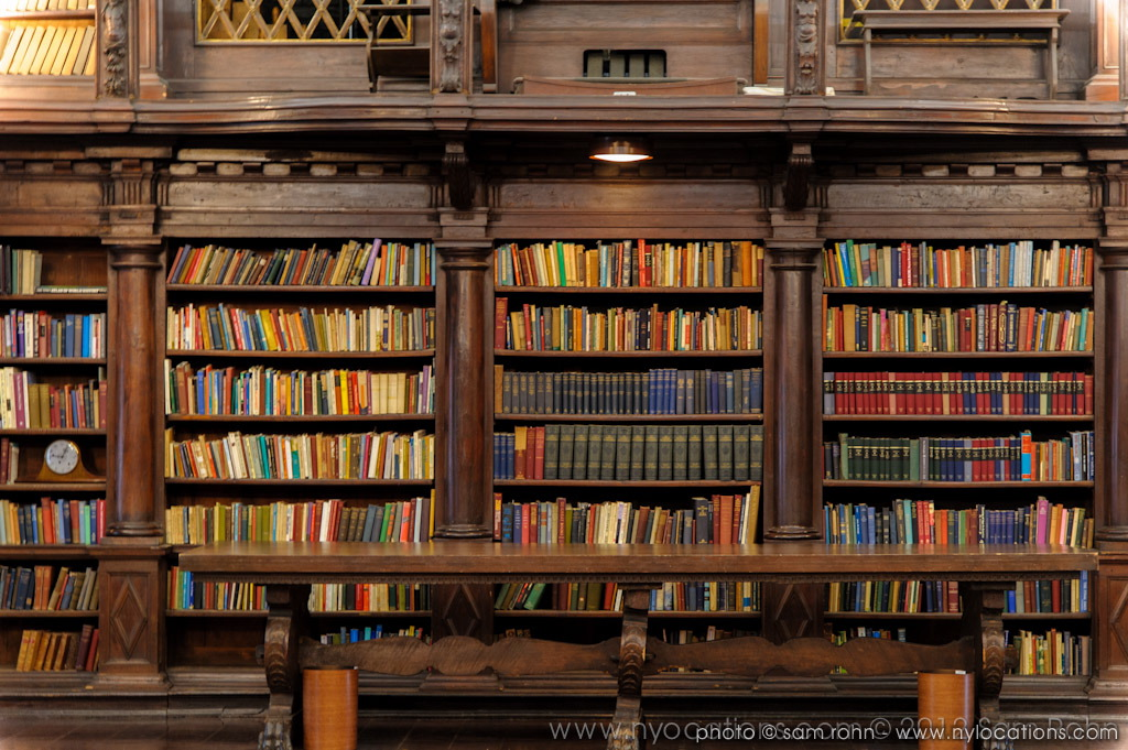 Priviate Libraries In Long Island Ny